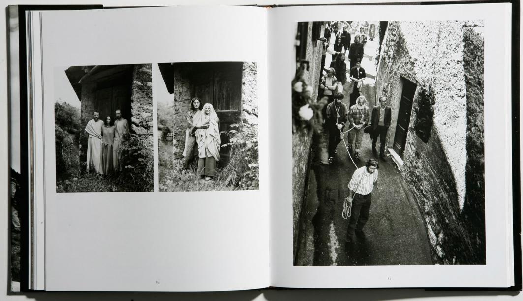 Il popolo della Santa Crus - le prove per le vie di Cerveno
